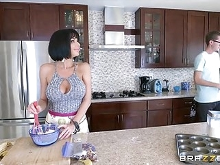 babe anal Brazzers - Veronica Avluv - Mommy Got Boobs