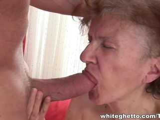 hd fetish Horny granny with wet twat does professional blowjob