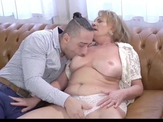 mature granny Hottest Granny, Squirt sex movie