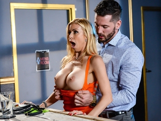 blonde big tits Alexis Fawx & Mike Mancini in The Big Stiff - Brazzers