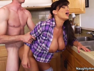 big tits big butt Lisa Ann & Jordan Ash in My Friends Hot Mom